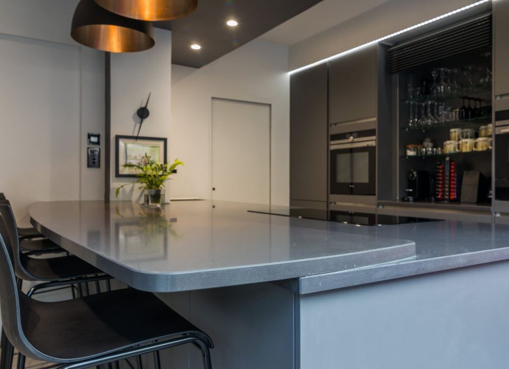 LWK Kitchens London - Silestone Marengo - cocina moderna